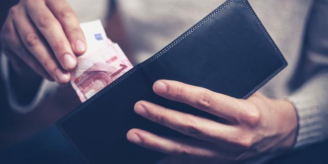 Schuldpraat: 'Ik besloot geld van mijn familie te lenen'