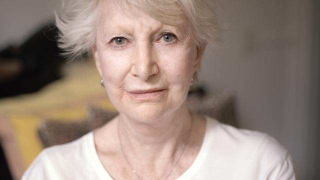 Adèle Bloemendaal (84) overleden