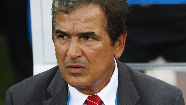 Bondscoach Pinto van Costa Rica lovend over Robben