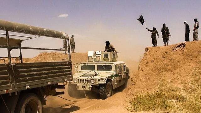 IS verovert 90 procent vluchtelingenkamp