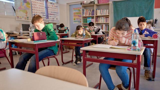 Rotterdam wil werklozen voor de klas om lerarentekort te verlichten