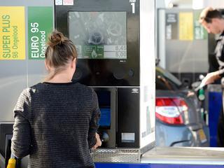 Bemande tankstations verliezen snel terrein