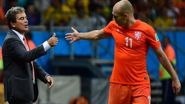 Costa Ricaanse bondscoach prijst 'geniale Robben'