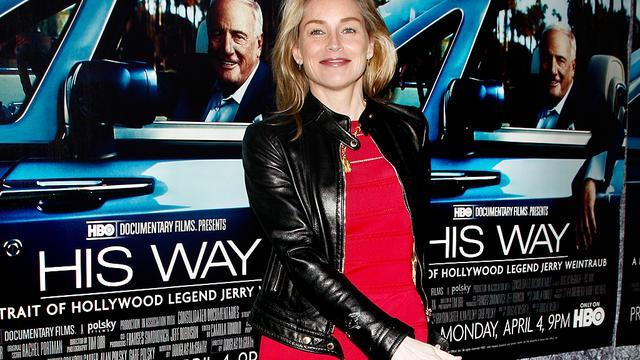 Sharon Stone weer op de been na ziekenhuisbezoek