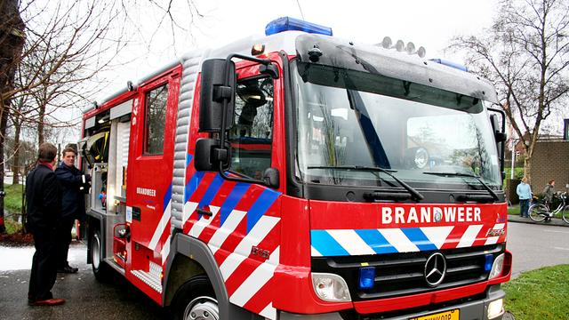 Caravans verwoest door brand in stalling