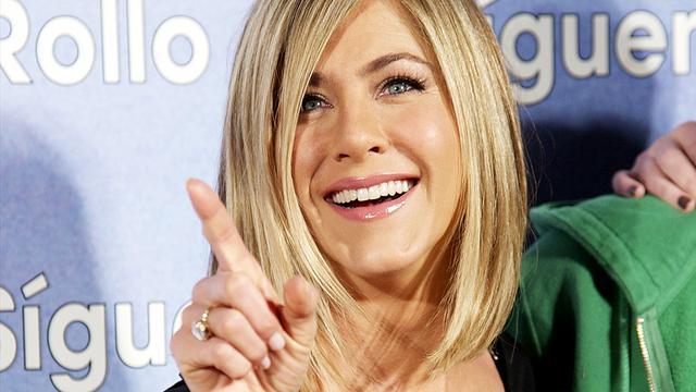 Jennifer Aniston belooft aankondiging indien ze zwanger of getrouwd is