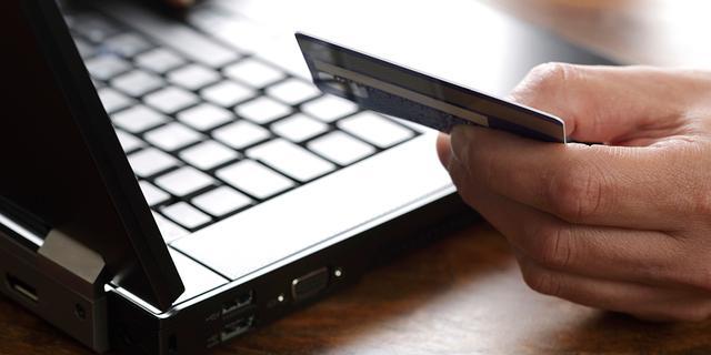 Consumenten lijden meer schade door gestolen betaalpassen
