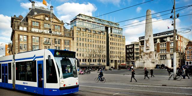'Mensen die bus of tram pakken zijn gezonder dan automobilisten'