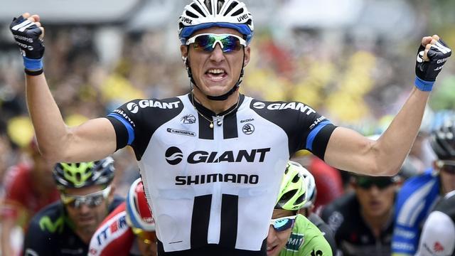 Kittel sprint naar tweede etappezege in Tour de France