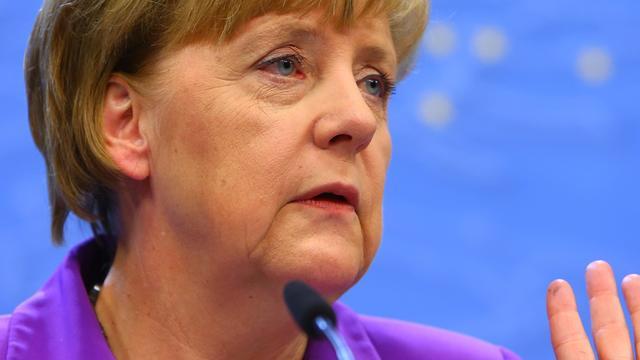 Merkel noemt nieuwe spionagerel 'serieus'