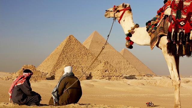 Egypte trekt vergunning acht ngo's in
