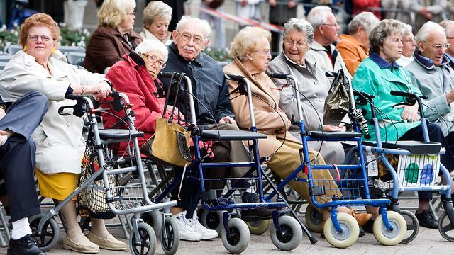 Levensverwachting Nederlandse vrouwen stijgt langzaam