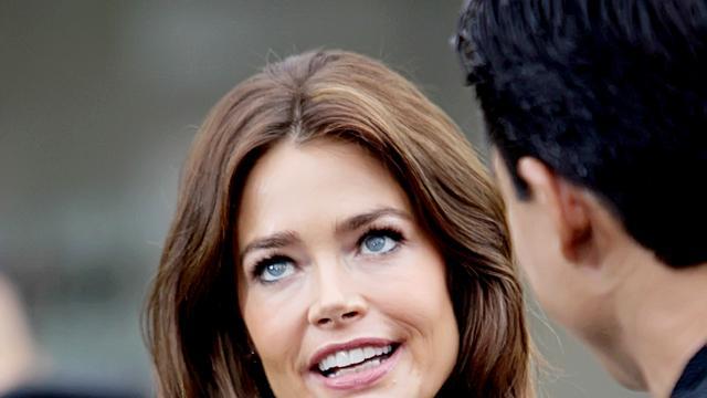 Denise Richards in nieuw seizoen 90210