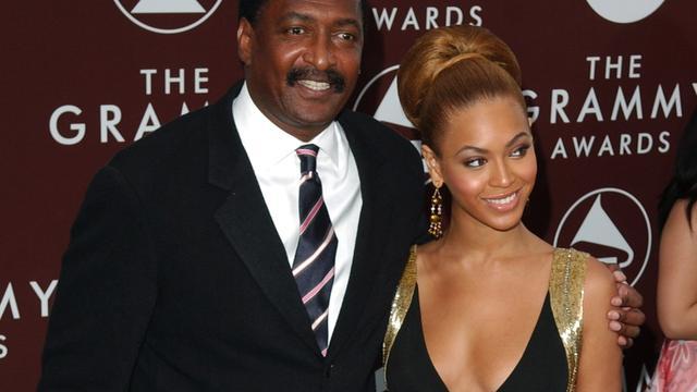 'Vader verkoopt spullen van Beyoncé in tuin'