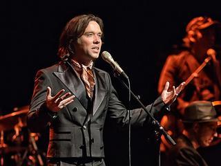 De Amerikaans-Canadese singer-songwriter staat in Groningen en Amsterdam