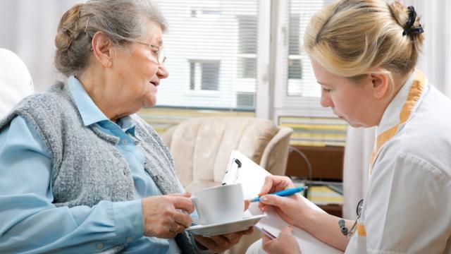 Vergelijking verhoging AOW-leeftijd en zorg