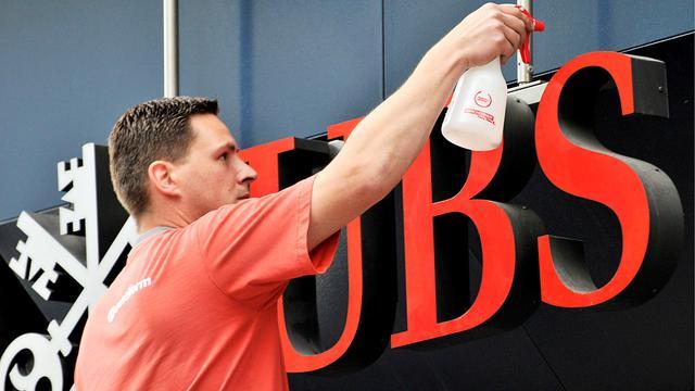 UBS-topman Grübel neemt ontslag