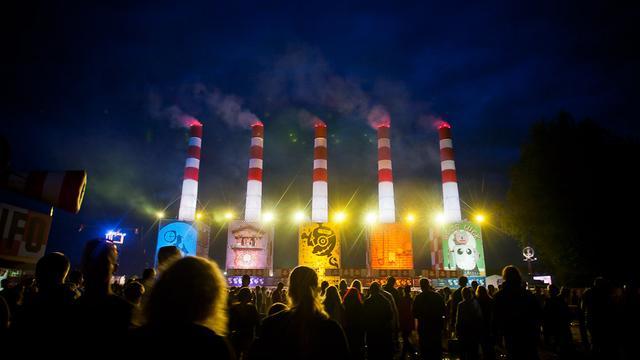 Lowlandsdirecteur geeft rondleiding festivalterrein