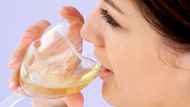'Alcohol beschermt hart bij slechts 15 procent van mensen'