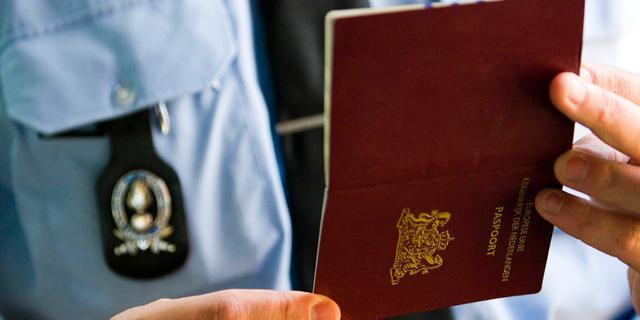 EU helpt lidstaten met afpakken paspoorten van terreurverdachten