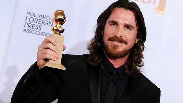 Christian Bale emotioneel bij beelden Heath Ledger