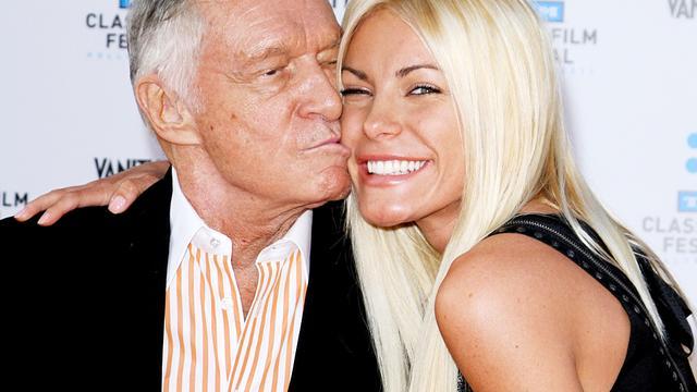 Hugh Hefner en ex-verloofde zijn weer een stel
