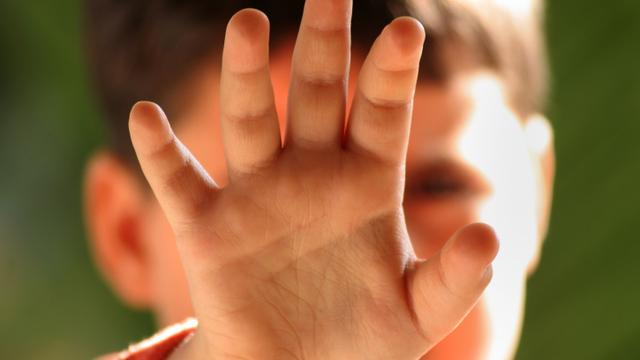 Slachtoffers kindermishandeling komen vaak uit eenoudergezin