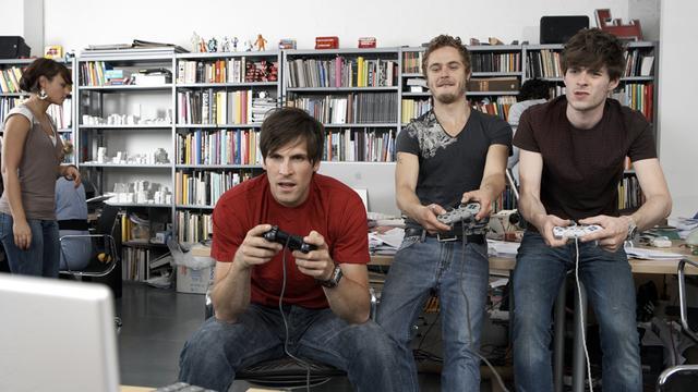 EA verwacht dat alle games in toekomst gratis te spelen zijn