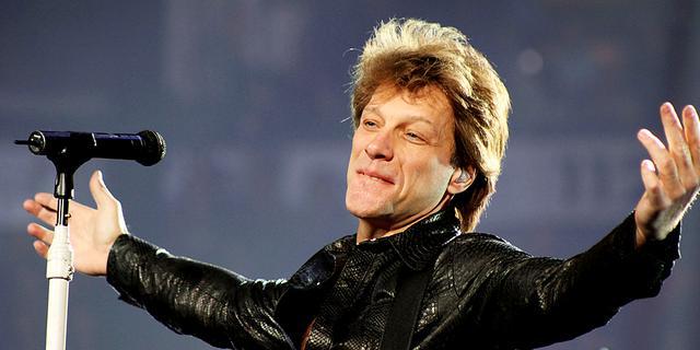 Bon Jovi geeft benefietconcert voor campagne Hilary Clinton