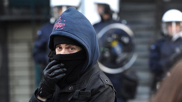 Politie ontruimt kraakpanden in Amsterdam