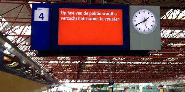 Station Almere korte tijd ontruimd