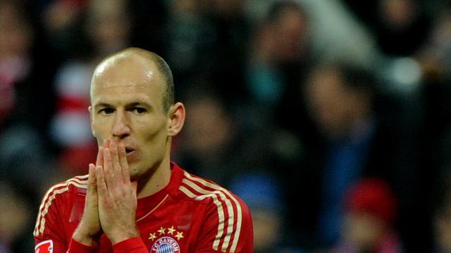 Robben stelt onderhandelingen met Bayern uit