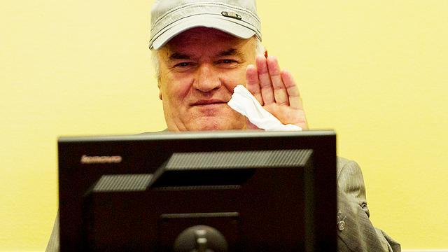 Advocaten Mladic willen namen Srebrenica