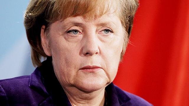 Merkel stelt dat begrotingspact vast staat