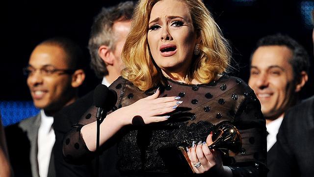 Tijdschrift onthult hartenbreker Adele