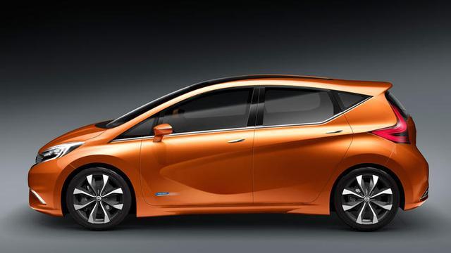 Productie Nissan Invitation in Engeland