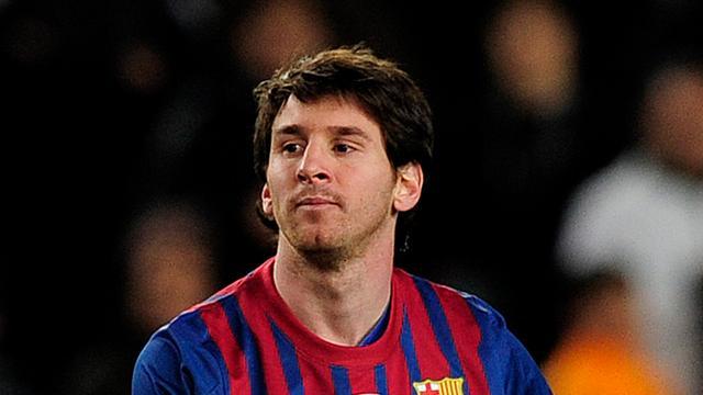 Messi schrijft historie met vijf goals tegen Leverkusen