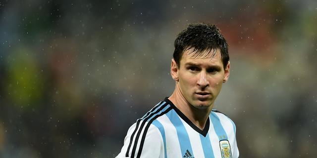 Messi veel zuiverder in passing dan Müller