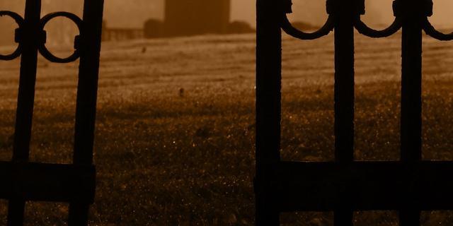 'Dode' peuter komt tot leven op begrafenis
