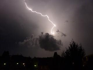Spanning loopt in de miljoenen volts