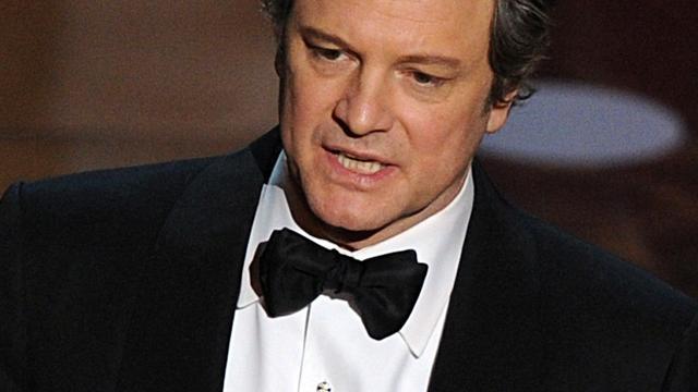 Oscarwinnaars reiken beeldjes uit