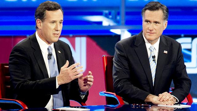 Romney neemt rivaal Santorum op de korrel