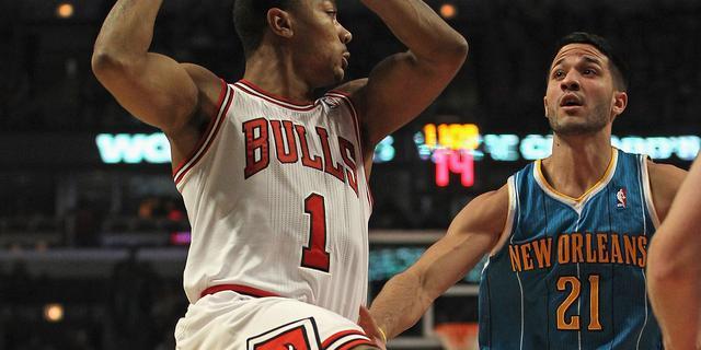 Rose leidt Chicago Bulls naar overwinning