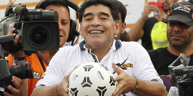 Maradona: 'Gouden Bal voor Messi niet eerlijk'