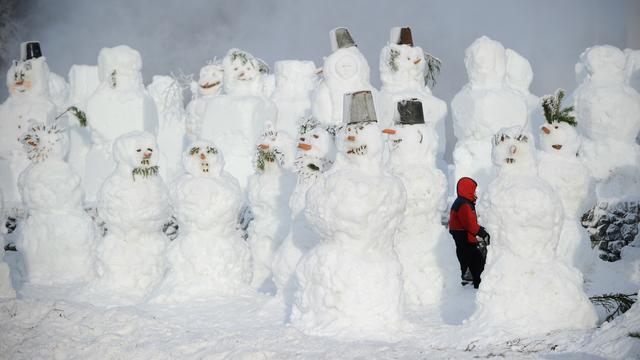 Tienduizenden Fransen zonder stroom door sneeuw