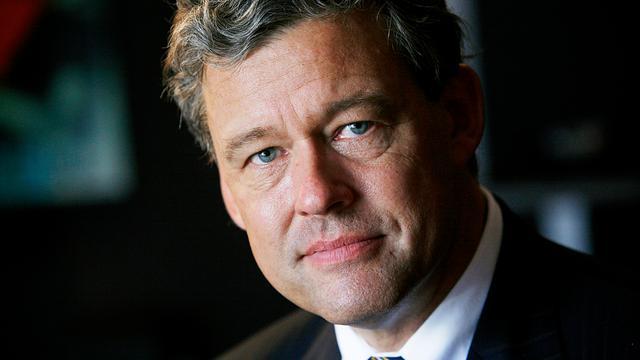 In debat met Charles Groenhuijsen in Alphense bibliotheek