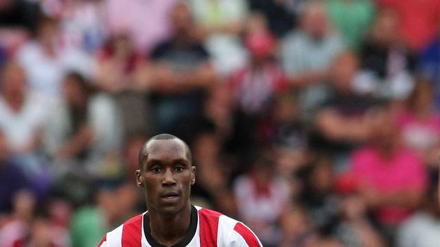PSV'er Hutchinson opnieuw geopereerd aan knie