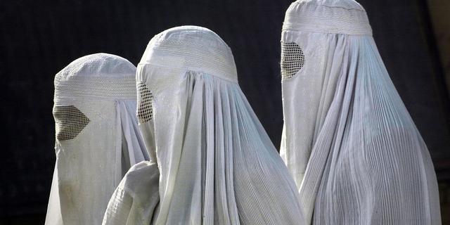 Vierhonderd euro boete voor dragen boerka