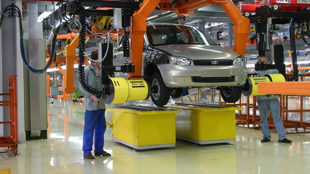 Nissan bouwt derde autofabriek in Mexico