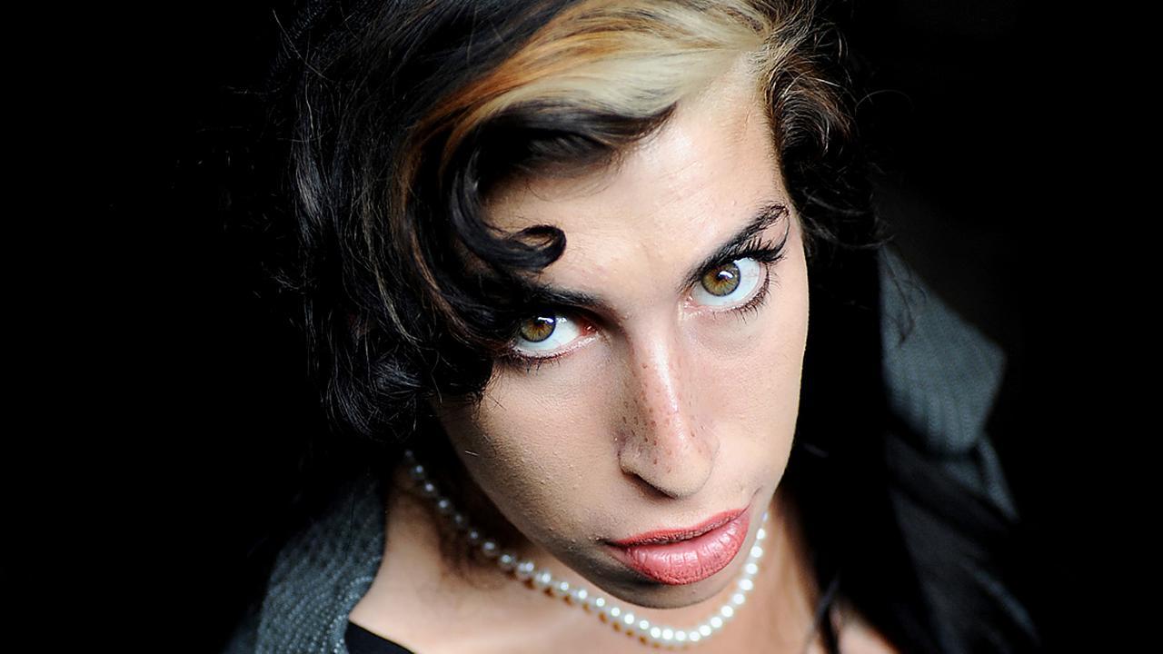 Bekijk hier de trailer van Amy
